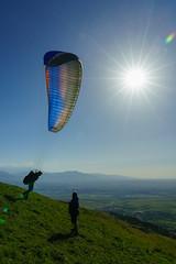 RU_201904_MaPaMaroc_374_x (boleroplus) Tags: aguergour contrejour decollage montagnes parapente paysage soleil vertical maroc
