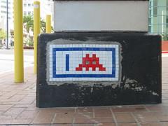 Space Invader SD_07 (tofz4u) Tags: sandiego californie california cali usa étatsunis unitedstatesofamerica sd07 reactivated restauré spacerescueintl reactivationteam streetart artderue invader spaceinvader spaceinvaders mosaïque mosaic tile