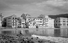 SESTRI LEVANTE (bastalex) Tags: zeiss zm biogon across 35mm