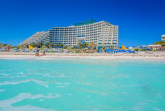 Live Aqua Resort Hotel along the Beach at Cancun Mexico (mbell1975) Tags: quintanaroo mexico the beach cancun live aqua resort hotel along yucatán yucatan water sea ocean atlantic meer mer surf wave