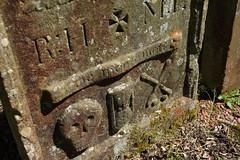 memento mori (132/365) (werewegian) Tags: grave stone memento mori skull hourglass cross bones rh ml werewegian may19 365the2019edition 3652019 day132365 12may19
