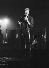 Johnny Hallyday au Palais des Sports de Paris en 1994. (stéphanehébert) Tags: johnny pentax z1 tmz tmax 3200 hallyday palais sport paris concert privée 1994 mammouth hypermarché live rock scène stage silverfast dxo photolab