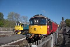33021 and 25322 at Cheddleton (jon33040) Tags: d7672 33021 25322 class33 churnetvalleyrailway cheddleton class25 aruba