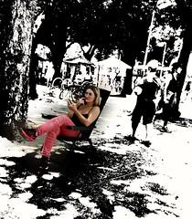 no intervalo (lucia yunes) Tags: rua cenaderua fotografiaurbana fotoderua streetscene streetphoto streetshot streetphotography streetlife streetstyle lifeinstreet mobilephotography motozplay luciayunes