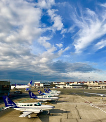Cape Air ramp, Boston Logan (airbus777) Tags: capeair cessna bostonlogan airport bos unitedairlines airportography