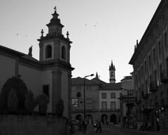 Centre of Covilhã at dusk (B&W) (lebre.jaime) Tags: portugal beira covilhã downton city centre digital fullframe ff fx nikon d600 voigtländer nokton 58f14sliis affinity affinityphoto street scene ptbw bw blackwhite pb pretobranco noiretblanc