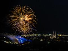 Maidult @ Regensburg (Tobé von Lix) Tags: tobelix bayern regensburg bomb 18105 böller kracher pyro pyrotechnik batterie rakete rocket long firework feuerwerk sony alpha 6000 sel18105 rollei dult donau riesenrad danube color rot red blau blue grün green gelb yellow nacht