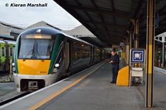 22054+22030 at Heuston, 7/5/19 (hurricanemk1c) Tags: railways railway train trains irish rail irishrail iarnród éireann iarnródéireann dublin heuston 2019 22000 rotem icr rok 3pce 22054 2100heustoncork