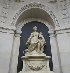 Statue of Fortuna and her wheel - La Monnaie, Paris (Monceau) Tags: statue fortuna wheel woman lamonnaiedeparis niche