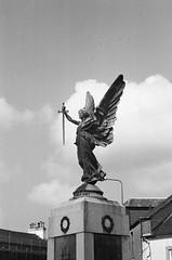 Angel (bigalid) Tags: film 35mm vivitar mega 200 ilford xp2 c41 bw april 2019 scotland lockerbie statue