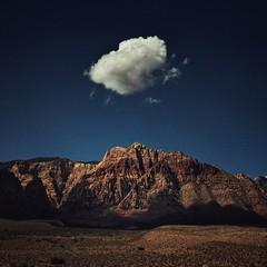 Cloud, Red Rock Canyon Country (allophile) Tags: mojavedesert landscape cloud mountain redrockcanyon iphonex mobilephotography shotoniphone desert nevada