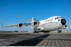 C-17A Globemaster Kuwait Air Force N° 342 (Clément W.) Tags: c17a globemaster kuwait air force n° 342 lfpb lbg