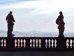 Statues on a balcony overlooking Bergamo (litlesam1) Tags: statues italy2019 duepazziragazziamilano2019 march2019 bergamo