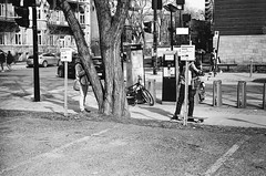 privacy (gguillaumee) Tags: film analog grain mtl montreal street hidden leica leicam7 rangefinder pedestrians people streetphotography urban camouflage 35mm candid