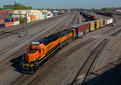 BNSF 3175- Crawling out of Northtown (Khang Lu) Tags: bnsf burlington northern santa fe emd gp50 3175 northtown mn minnesota minneapolis railroad train local monti