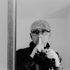 Silence - Film Leica (Photo Alan) Tags: vancouver canada selfie people blackwhite blackandwhite monochrome film filmcamera filmscan filmleica leicamp leicasummarit5cmf15
