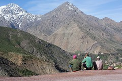 Enjoying the View, Atlas Mountains, Morocco (Geraint Rowland Photography) Tags: view viewpoint vantage altitude climbing walking trekking sitting maroc morocco africa northafrica candid streetphotography travelphotography enjoyingtheview atlasmountains viewsoftheatlasmountains scenery wwwgeraintrowlandcouk canon berbers zsoltschuller geraintrowland