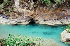 The color! (hhnguyen88) Tags: filmphotography fujichromevelvia100 velvia100 xincheng taiwan tarokogorge swallow grotto