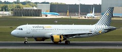 EC-MBK EC-MBK Vueling Airbus A320-214  landing AMS 130519 (kitmasterbloke) Tags: aircraft aviation transport outdoor europe jet schiphol ams amsterdam