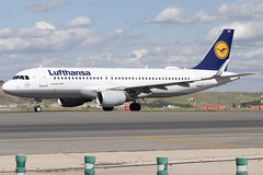 IMG_8999 (Pablo_90) Tags: plane planespotting lemd mad spo spotting airbus bo boeing a320 a330 a380 b737 b787 airport aircraft