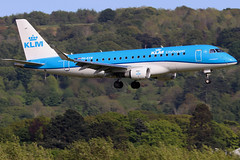 PH-EXW_03 (GH@BHD) Tags: phexw embraer erj erj175 kl klm klmcityhopper royalinternationalairtattoo regionaljet aircraft aviation airliner bhd egac belfastcityairport