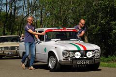 1971 Alfa Romeo Giulia 1300 Super (rvandermaar) Tags: 1971 alfa romeo giulia 1300 super alfaromeogiulia alfaromeo alfagiulia sidecode1 import de2695