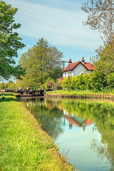 The white cottage ... (Jaymat Images) Tags: marsworth cottage spring portrait landscape canal aylesbury buckinghamshire canon