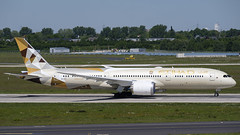A6-BLY-1 B789 DUS 201905