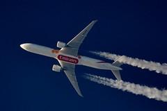 Emirates Airlines Boeing 777 A6-ENR (stephenjones6) Tags: jet aircraft aviation airlines boeing b777 b77731her plane emirates uae unitedarabemirates ott overthetop blue sky skywatcher dobsonian d3200 telescope expo 2020 contrail civil chemtrail vapour vapourtrails extremespotting msn41364 a6enr