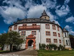 Schloss Oelber am weißen Wege 12052019 04 (U. Heinze) Tags: schloss oelber 2019 olympus penf 1240mm germany deutschland norddeutschland