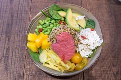 Vegetarische Spring Time Bowl mit Quinoa, Joghurt-Minz-Dressing, Avocado, gelber Beete, Edamame, Goji-Beeren, Kirschtomaten, Babyspinat, Papadam & Rote-Beete-Mayo (verchmarco) Tags: food lebensmittel dinner abendessen lunch mittagessen meal mahlzeit noperson keineperson vegetable gemüse delicious köstlich meat fleisch cooking kochen nutrition ernährung plate teller healthy gesund dish gericht cuisine diet diät pepper pfeffer epicure feinschmecker salad salat restaurant tomato tomate2019 2020 2021 2022 2023 2024 2025 2026 2027 2028 2029 2030 harbour truck interior windows historic ciel outside owl españa shop