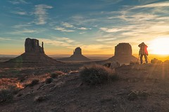 Monument Valley Sunrise - Icons of the Southwest USA (The Shared Experience) Tags: iconic southwest usa 2017 sonydslr sonyalpha travel desert monumentvalley sunrise