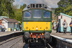 D7628 Class 25 Sulzer NYMR_E5A4083 (Jonathan Irwin Photography) Tags: d7628 class 25 sulzer nymr north yorkshire moors railway steam trains heritage diesels grosmont station semaphores tunnel heartbeat national park historic carriages pullman dining train