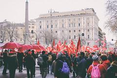 DSCF7260 (Alessandro Gaziano) Tags: alessandrogaziano foto fotografia manifestazione manifestazioni roma visioni colori colors gente people diritti italia italy corteo sindacato febbraio