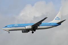 PH-BXG (LIAM J McMANUS - Manchester Airport Photostream) Tags: phbxg kl klm klmroyaldutch royaldutchairlines theflyingdutchman kraanvogel boeing b737 b738 b73h 73h boeing737 boeing737800 egcc manchester man