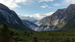 Blick auf den Nigardsbreen, Norwegen (Foto-Wandern.com) Tags: norwegen nigardsbreen norway scandinavia skandinavien ice water glacier fotoreise fotowanderncom hiking outside travel mountains trees clouds sun sunlight nature