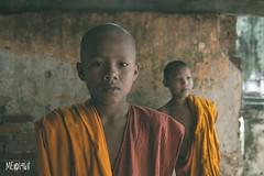 Cambogia - Scelte di vita. (iw2ijz) Tags: workshop ritratto portrait children cambodia cambogia reportage shooting monks monaci pagoda villaggio battambang