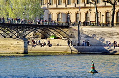 493 Paris en Mars 2019 - le Pont des Arts (paspog) Tags: paris france mars march märz seine 2019 pontdesarts
