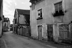 Dans les rues de Ceton (Philippe_28) Tags: ceton église church 61 orne normandie normandy france europe argentique analogue camera photography photographie film