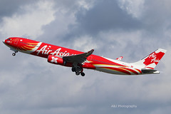 Air Asia A330 9M-XXT 18-05-2019 Gold Coast Airport (Annette_747) Tags: airasia a330 airbus goldcoastairport goldcoast planespotting planes avgeek special livery