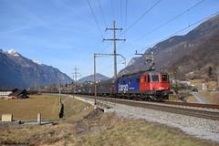 Re 620 083 SBB Cargo, Claro (CH) (Brenno Arcara) Tags: re66 re620 sbb cff ffs sbbcffffs sbbcargo güterzug cfl cflcargo claro castione gotthard gotthardbahn