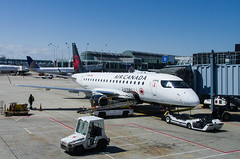IMGP8969_C-FRQN_ORD (ClydeSights) Tags: aircanadaexpress airport cfrqn chicagoohareinternationalairport e170 e70 erj170200lr embraer kord ord skyregionalairlines staralliance cn147