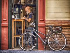 """La Fiel Compañera"". (""The Faithful Companion""). (Capuchinox) Tags: bicicleta bicycles nik calle street people persona sevilla seville españa spain"