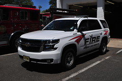 Spring Lake Heights Fire Department Independent Fire Company No. 1 Chief 4966 (Triborough) Tags: nj newjersey monmouthcounty springlakeheights slhfd ifc ifc1 independentcompany independentfirecompanyno1 firetruck fireengine chief chiefscar chief4966 gm chevrolet tahoe ppv