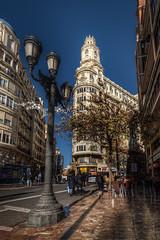 Valencia (auredeso) Tags: valencia spagna espana spain edificio building lampione hdr tonemapping nikon d750 tamron nikond750 tamron1530