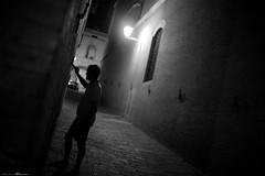 Voyage en Italie 2018   1446 (Distagon12) Tags: sienne sienna italy italia italie citybynight city street streetphoto strada strasse night nightphoto nuit villenuit nacht noche notte summilux sonya7rii wideaperture summilux35asph light rue tourism toscane toscana photosderue