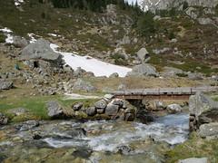 Toue de Domblas (vtossuma) Tags: pyrénées montagne nature neige berger abri