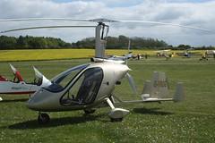 G-YROG (IndiaEcho) Tags: magni vpm gyrog eghp popham airport airfield light general civil aircraft aeroplane aviation basingstoke hampshire england canon eos 1000d microlight fly in