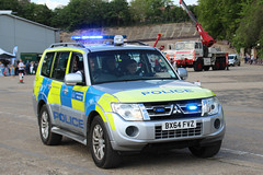 BX64 FVZ (JKEmergencyPics) Tags: met metropolitan police service mps mitsubishi shogun incident emergency response unit vehicle car parks bx64fvz bx64 fvz cch