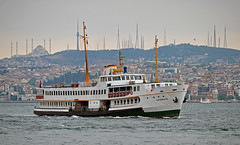 (foto.pooyan) Tags: turkey istanbul ship cruiser sea mosque landscape